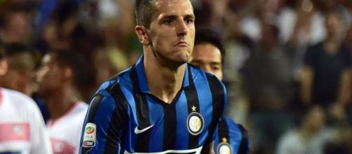 Former Manchester City striker Stevan Jovetic scores a 92nd-minute ... - mirror.co.uk
