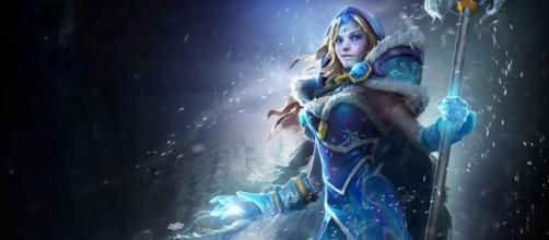 Iconic support hero, Crystal Maiden. [Image via YouTube/ArxPlay Dota 2 Reborn]
