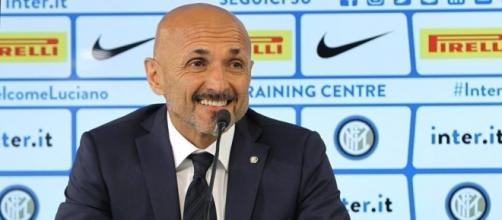 Luciano Spalletti: è un buon momento per la sua Inter, ma le ultime indiscrezioni di mercato non lo lasciano contento
