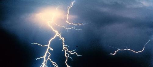PHoto Two girls were struck by lightning in Big Flat Utah via Wikimedia by C Clark/CC0