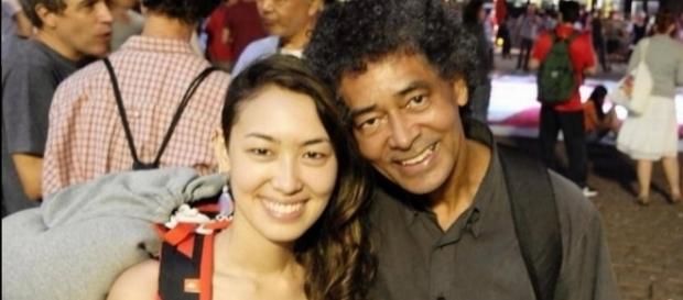 Ana Hiraki, filha de negro com descendente de orientais, faz Tina em 'Malhação' e já viu o pai sofrer racismo