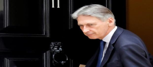 Phillip Hammond (mirror.co.uk)