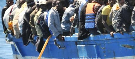 Insieme agli immigrati importiamo delinquenti?