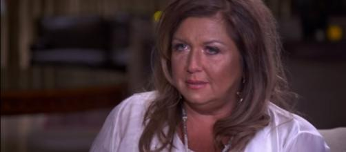Abby Lee Miller Goes to Prison | The Final Minutes - KidsUniverseHD/YouTube