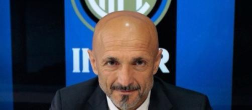 Calciomercato Inter Aurier PSG - foxsports.it