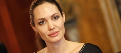 Declaração de Angelina Jolie causa polêmica nas redes sociais