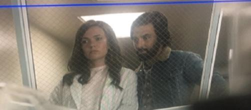 Mandy Moore is back on the set of 'This is Us' for season 2. ~ Facebook/NBCThisIsUs