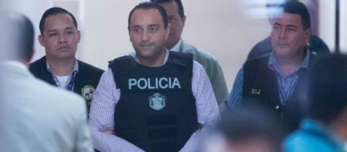 Revelan que México ya solicitó a Panamá que extradite a Roberto ... - e-consulta.com