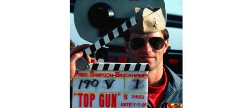 """Tom Cruise gets ready to reprise his role in """"Top Gun 2."""" - Wikimedia"""