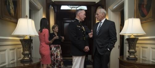 White House Chief of Staff John Kelly speaks with Dunford Jr. / [Image by Chairman of the Joint Chiefs of Staff via Flickr, CC BY 2.0]