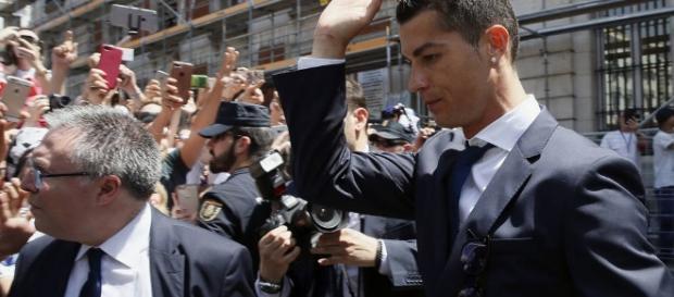 Agencia Tributaria: Hacienda denuncia a Cristiano Ronaldo por ... - elconfidencial.com