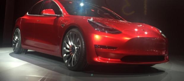 Candy Red Tesla Model 3.jpg - Image - Wikimedia   Wiki commons