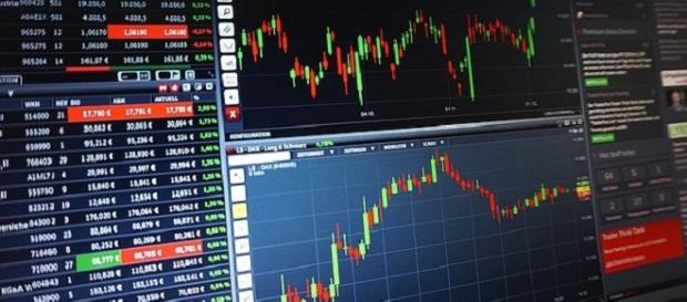 forex trading platform credits:freegreatpicture http://maxpixel.freegreatpicture.com/Trading-Chart-Analysis-Courses-Forex-Shares-1905225