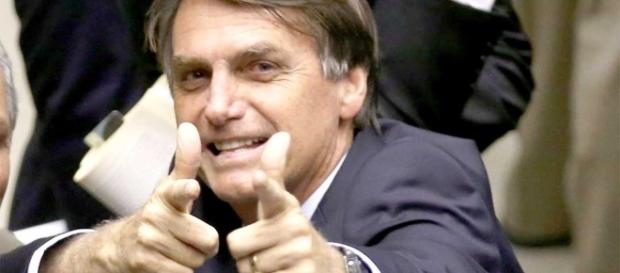 Jair Messias Bolsonaro confirma que mudará de partido e irá para o PEN
