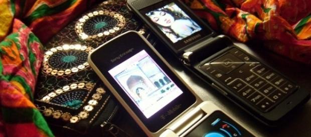Renders of Samsung's flip phone leaked online/Photo via Shahbano Khushi, Flickr