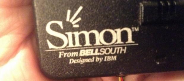 Simon IBM, il primo smartphone della storia