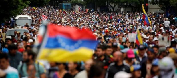 Venezuela: nouvelle manifestation anti-Maduro à Caracas