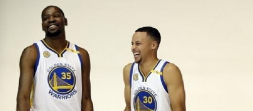 Durant and Curry will continue to have fun playing together - Photo via 小陈 陈/Flickr - flickr.com