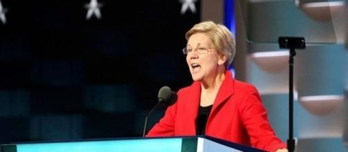 Elizabeth Warren (VOA Wikimedia Commons)