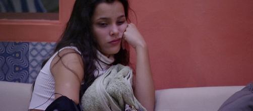 Emilly Araújo comenta caso polêmico em Goiania (Foto: Reprodução)