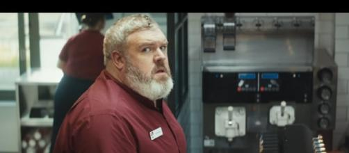 Hodor lives again as KFC debuts a brand new advertisement with Kristian Nairn. (Source: Youtube)