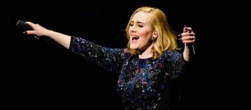 Adele must be happy to know that her fans are ready to sing for her when she cannot. (Image Credit: rare.us)