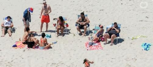 Photo Chris Christie and family on the beach screen capture from YouTube video/Wochit News