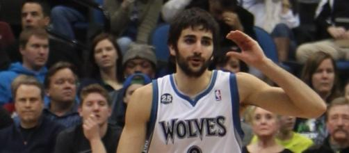 Ricky Rubio joined the Jazz in meeting with Gordon Hayward (Image credit: TonyTheTiger/Wikimedia Commons)