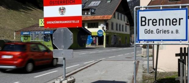 L'Austria schiera 750 soldati e quattro veicoli blindati al Brennero