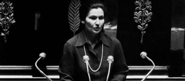 Simone Veil : il y a 40 ans, le début du combat, quel héritage ? - puretrend.com