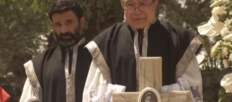 Il Segreto anticipazioni Giugno 2017: Mariana muore, Cristobal è ... - ibtimes.com