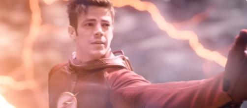 "Barry Allen in the Speed Force in ""The Flash"" Season 4 (Photo: YouTube/Emergency Awesome/https://www.youtube.com/watch?v=wn2GM11aZDo)"