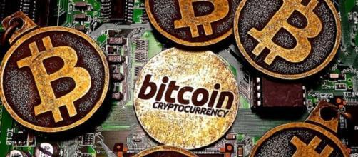 Bitcoin credits:flickr https://www.flickr.com/photos/btckeychain/20401933105