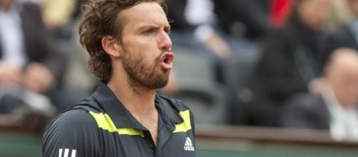 Ernests Gulbis gambled away 'a percentage' of his $550,000 French ... - usatoday.com