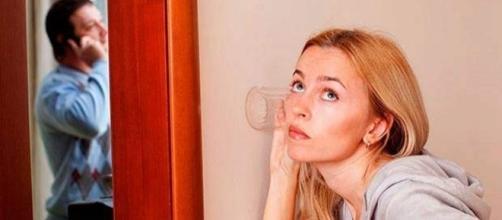 Ter ciúme em excesso pode ser prejudicial para o relacionamento (Foto: Reprodução)