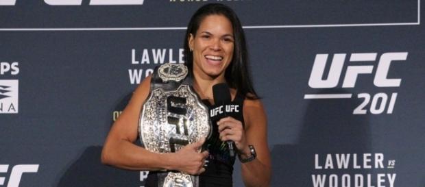 Amanda Nunes, unica brasileira campeã do UFC