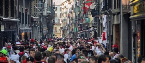 """Photo Pamplona during the """"Running of the Bulls"""" by Raúl Villalón/CC BY-NC-ND 2.0"""