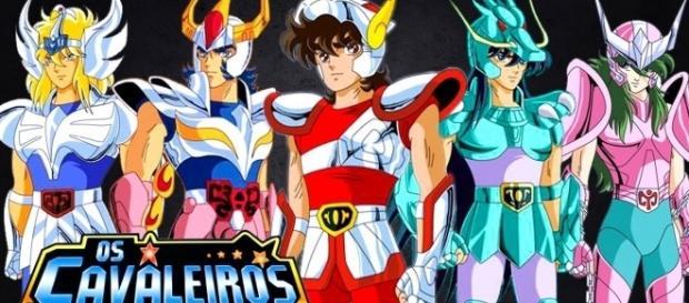 Da esquerda para a direita: Hyoga, Ikki, Seiya, Shiryu e Shun, os cavaleiros de bronze