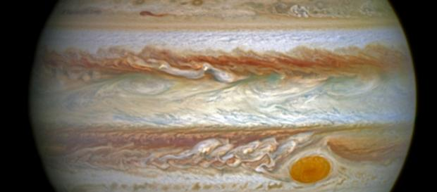 Juno will fly across Jupiter's great red spot on July 10. Source: Pixabay