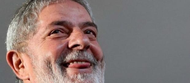 Lula sonha com 2018, além de montar bloco
