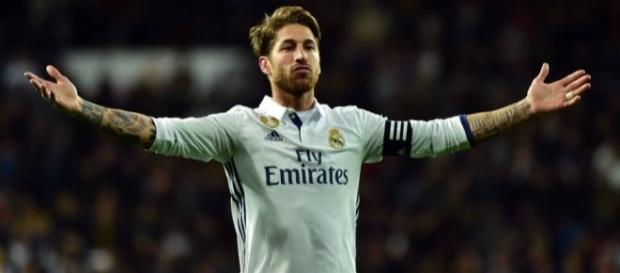 Sergio Ramos en un partido contra el Real Betis (Vía: elpais.com)