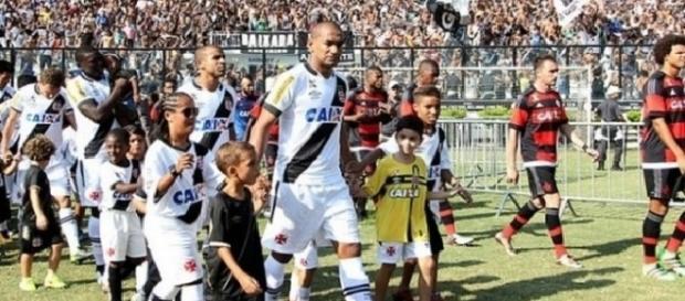 Última vez que Vasco e Flamengo se enfrentaram em São Januário