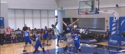 Dallas and Detroit played in an overtime thriller for the Orlando Summer League Championship. [Image via NBA/YouTube]