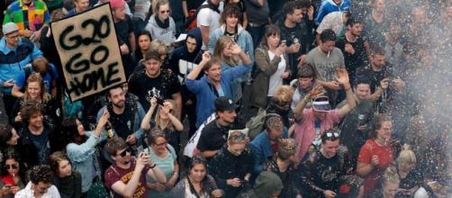 G20 protests trap Melania Trump in Hamburg hotel (Image Credit: thesun.co.uk)