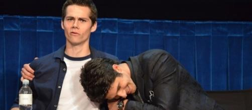 Dylan O'Brien & Tyler Posey at Paley Teen Wolf 2012. - https://commons.wikimedia.org/wiki/File:Teen_Wolf_Cast_2,_2012.jpg
