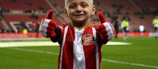 il piccolo Bradley, mascotte del calcio inglese - FOTO - direttanews.it