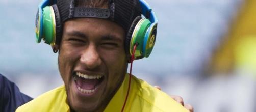 Jogador gosta muito de ouvir pagode. ( Foto: Reprodução)