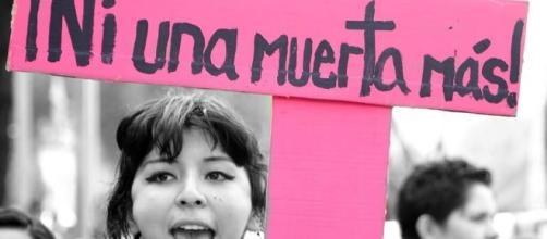 Jornada Internacional de Mujeres contra el feminicidio ... - desinformemonos.org