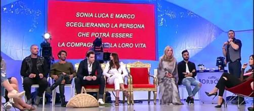 Lite tra Sonia Lorenzini ed Emanuele - uomini e donne - Video ... - dailymotion.com