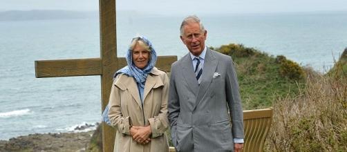 Prince Charles and Lady Camilla / Photo via Aaron McCracken / Harrisons , Wikimedia Commons